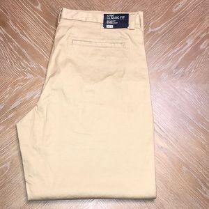 GAP MEN'S FLAT FRONT CLASSIC FIT KHAKI DRESS PANTS